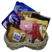 Assorted Choco Basket 06