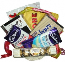Assorted Choco Basket 08