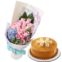 12 Pink Roses in Bouquet with Caramelt with You Cake