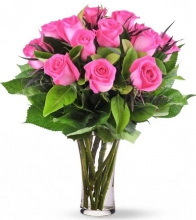Sweet 12 Pink Rose in Vase