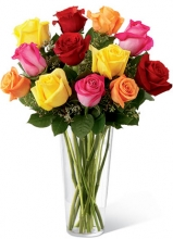 12 Beautiful Mix Roses in Vase