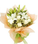6 White Roses in Bouquet