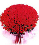 100 Red Roses in Bouquet