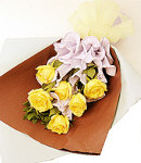 6 Yellow Roses in Bouquet