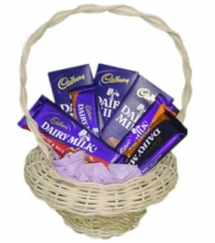 Cadbury Chocolate Lover Basket-2