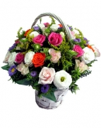 24 mixed fresh roses in basket