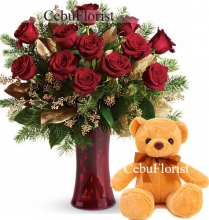 Christmas 12 Pieces Red Roses With a Teddy Bear