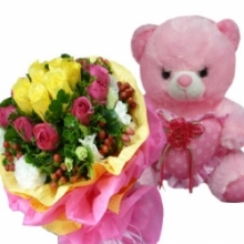 12 Mixed roses with Pink Bear