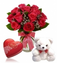 6 Red Rose vase,small White Bear with Lindt Chocolate
