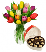 Tulip Vase with Guylian Chocolate Box