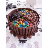 Maltesers Chocolate Cake by Wilma's Yummy cake