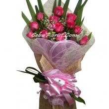 12 Pink Rose in Boquet