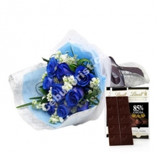 12 Blue Roses W/Lindt Chocolate