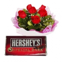 6 Red Roses in Bouquet with Chocolate