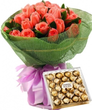24 Pink Roses in Bouquet with 24 pcs Ferrero Chocolate