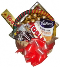 Assorted Choco Basket 09