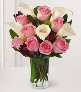 12 Pink Rose w/Calla Lilies in Vase