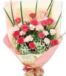 12 Pink Roses in Bouquet