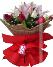 12 Roses & Lilies in Bouquet