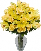 12 Beautiful Yellow Roses & Lily in vase