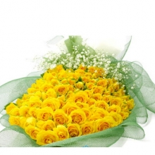 100 fresh Yellow color roses in a bouquet