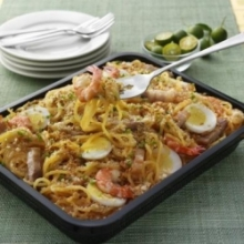 Cater Tray Pancit Luglug Small by Max's
