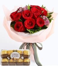 12 Red Roses & Chocolate Box