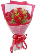 12 Red Roses Lovers Bouquet