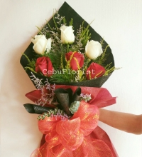 6 Mixed Color Rose Bouquet