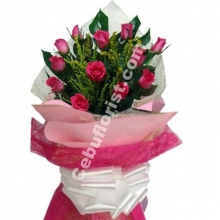 1 Dozen Pink Roses in Bouquet