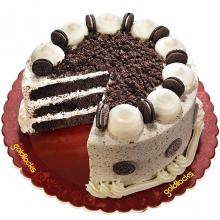 Choco Velvet Cake with Oreo By Goldilocks