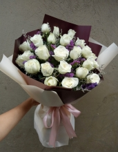 24 White Roses in a Bouquet