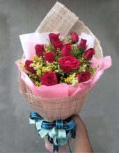 12 Red Roses in a Bouquet
