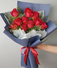 One Dozen Red Roses in Bouquet